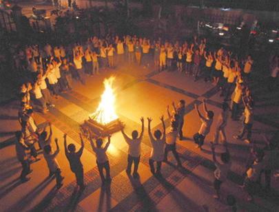 đốt lửa trại 2